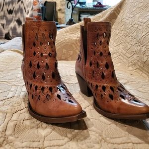 Women's Ariat ankle boots